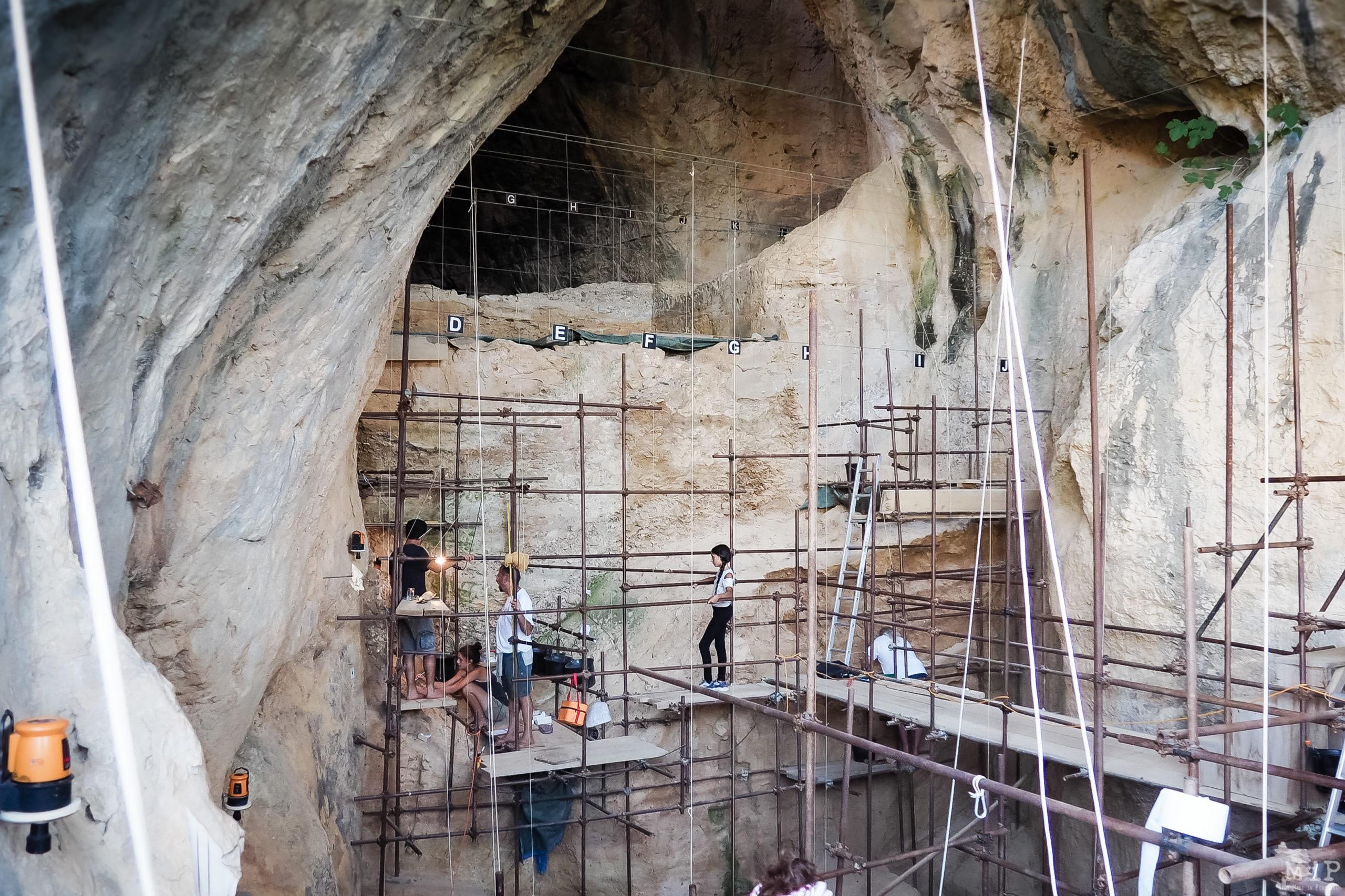 Fouilles archéologiques La Caunes de l'Arago Tautavel