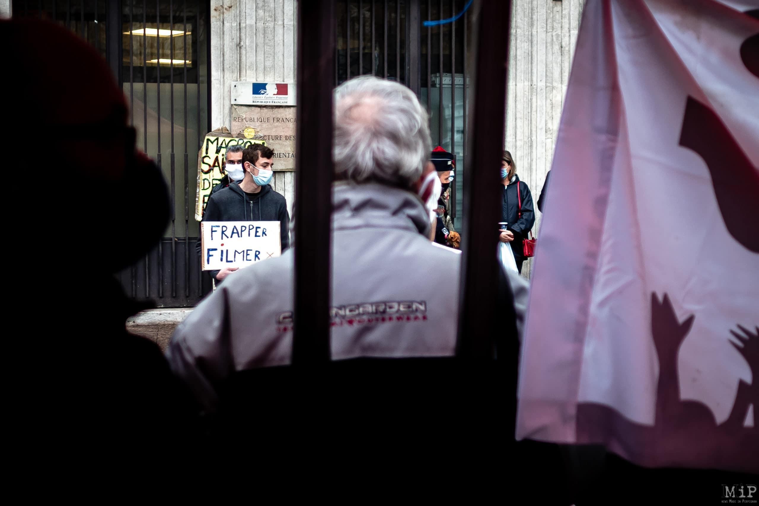 27/11/2020, Perpignan, France, Manifestation loi sécurité globale © Arnaud Le Vu / MiP