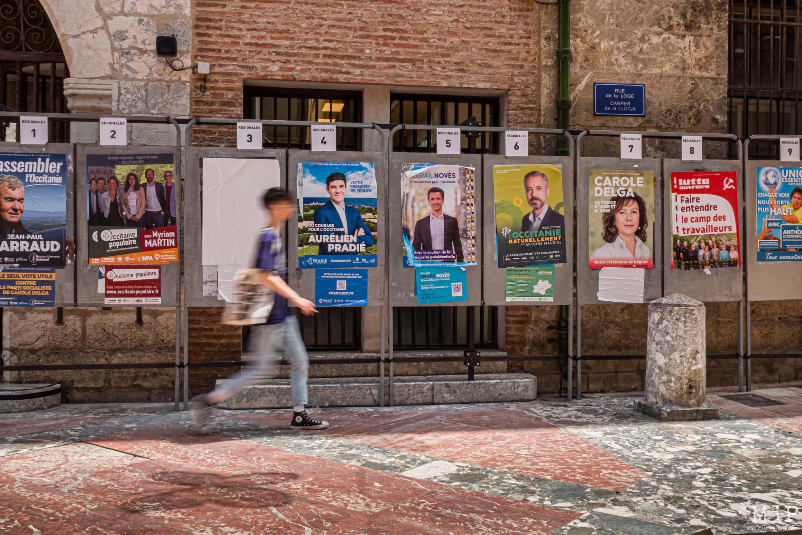 France - Perpignan - Panneaux electoraux elections regionales